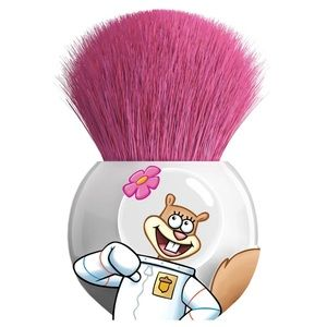 Sandy Round Kabuki Brush